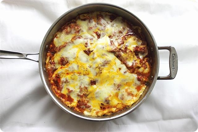 Easy Skillet Lasagna - www.mind-over-batter.com