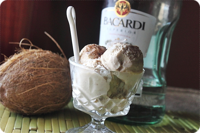 Coquito Ice Cream {mind-over-batter.com}