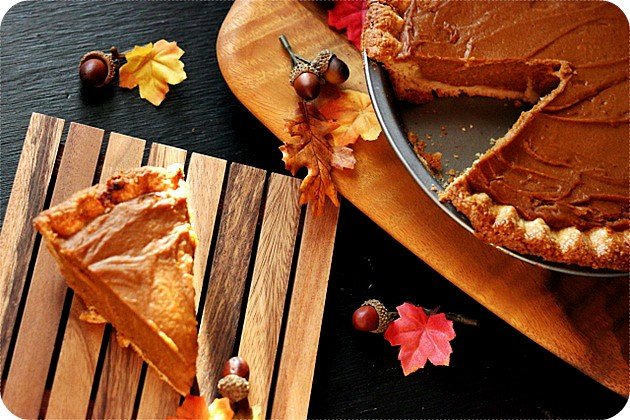 Sweet Potato Pie {mind-over-batter.com}