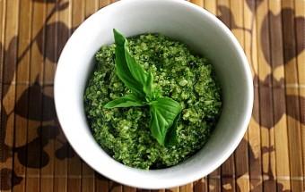 spinachbasilwalnutpesto-6.jpg