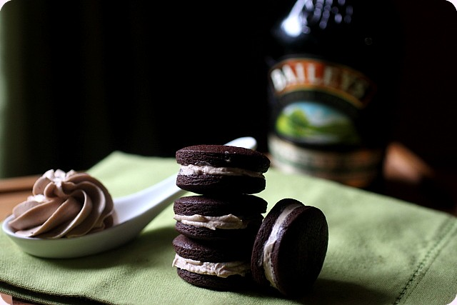Baileys Irish Cream Oreo Cookies