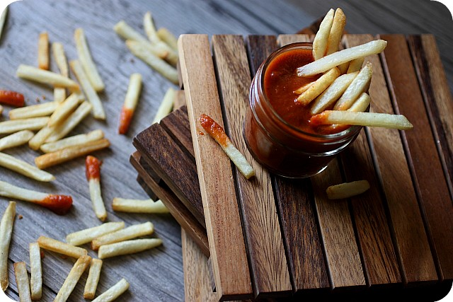 Fire Roasted Tomato Ketchup {Mind Over Batter}