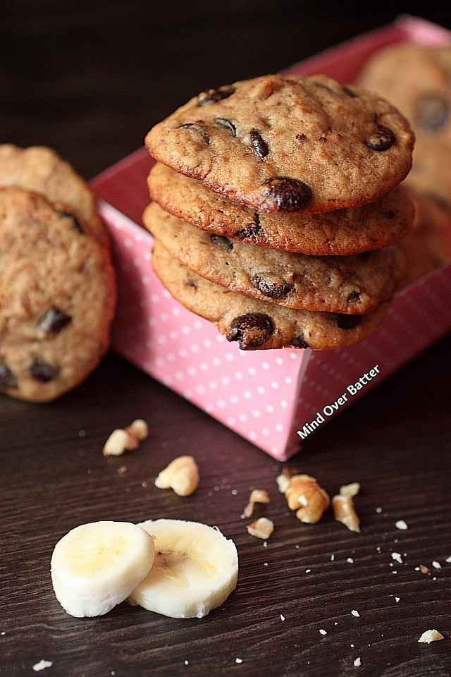 Banana Walnut Dulce De Leche Chip Cookies {Mind Over Batter}