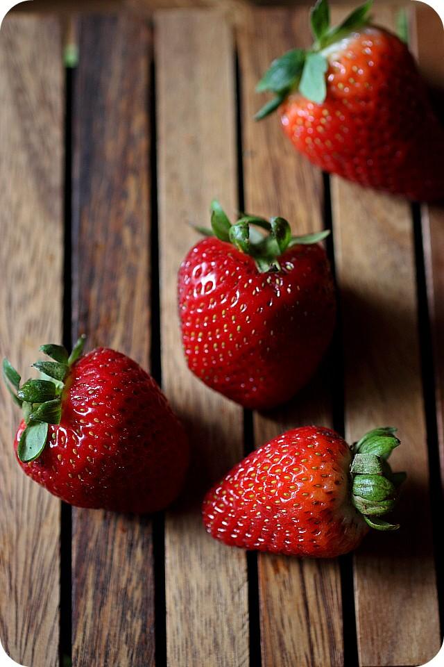 Strawberry Vodka Float {mind-over-batter.com}