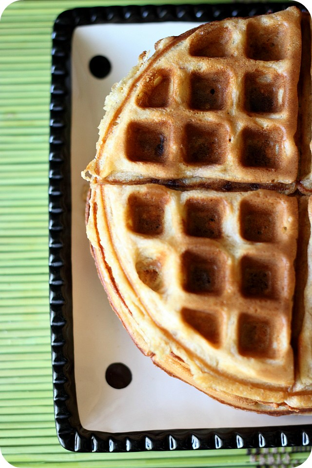 Spiced Banana Waffles {mind-over-batter.com}