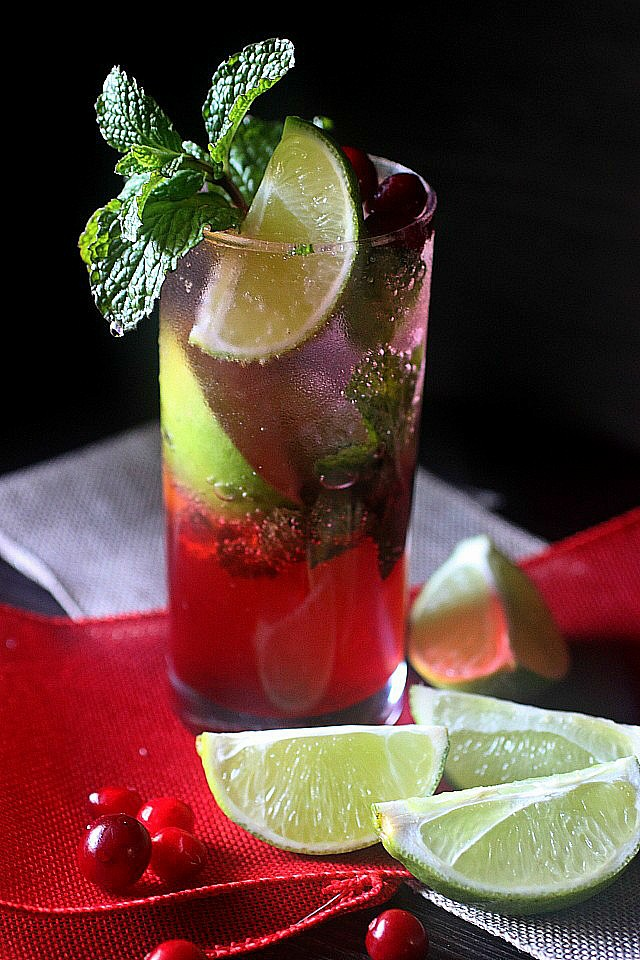 Cranberry Mojito {mind-over-batter.com}