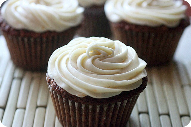Carrot Orange Cupcakes {mind-over-batter.com}