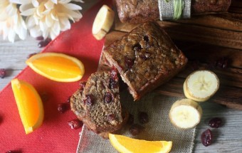 BCranberry Orange Banana Bread {mind-over-batter.com}