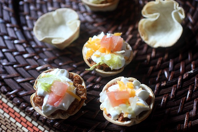 Mini Taco Bites {mind-over-batter.com}