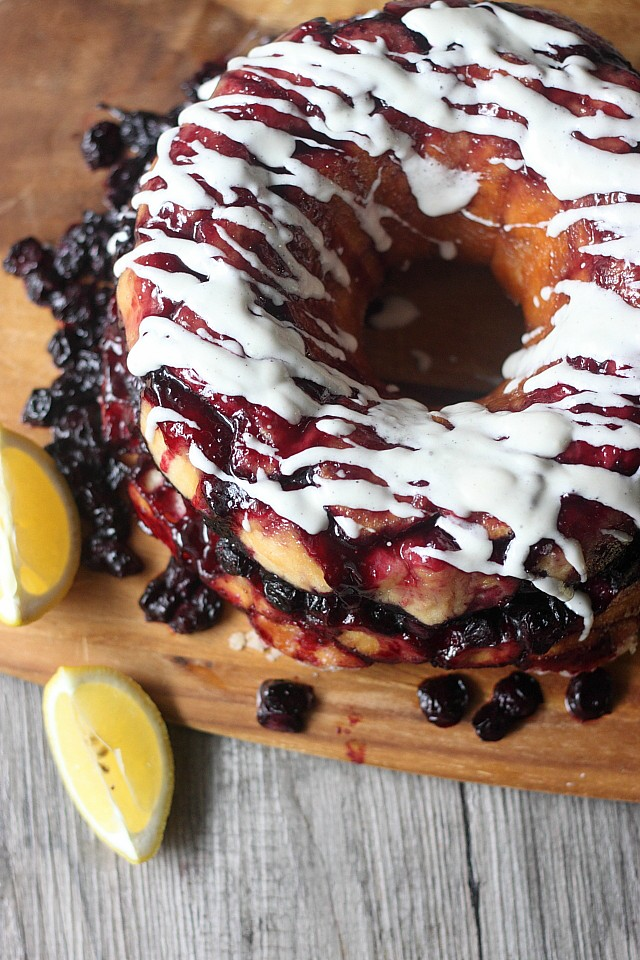 Blueberry Lemon Monkey Bread {mind-over-batter.com}