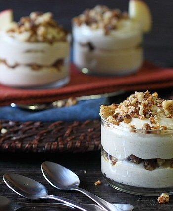 No Bake Apple Cheesecakes with Candied Walnuts {mind-over-batter.com}