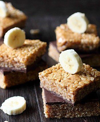 Peanut Butter Rice Krispie Treats {mind-over-batter.com}