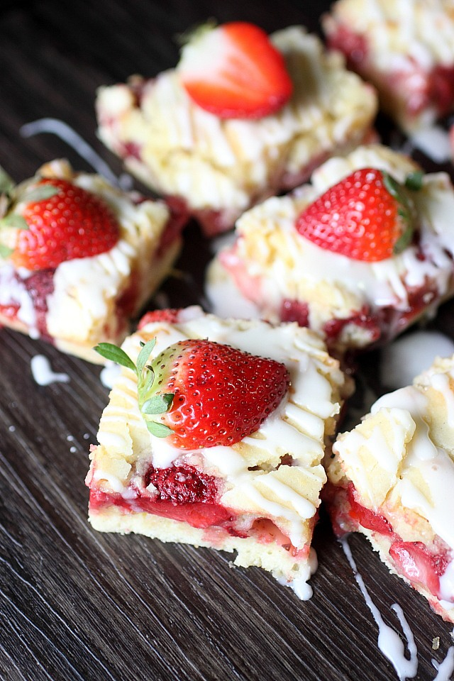 Strawberry Lemon Bars ~ mind-over-batter.com