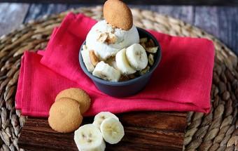 Banana Pudding Ice Cream {mind-over-batter.com}