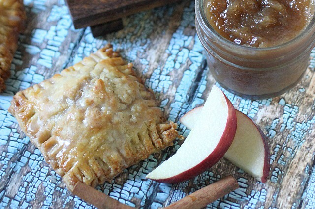 Spiced Apple Mini Pies