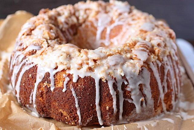 Coconut Crunch Cake {mind-over-batter.com}