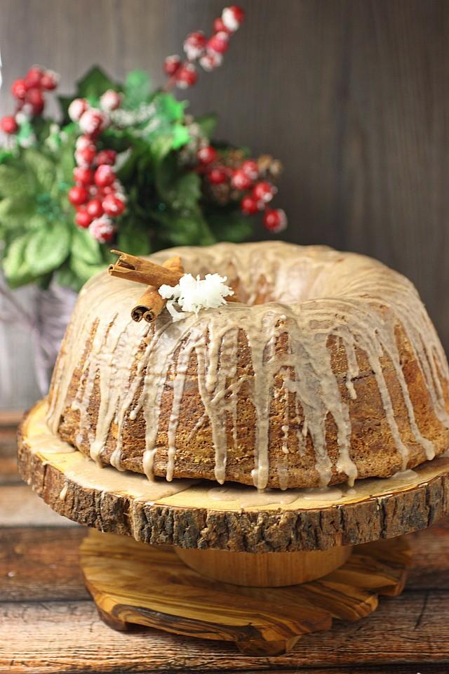 Coquito Cinnamon Roll Bundt Cake {mind-over-batter.com}