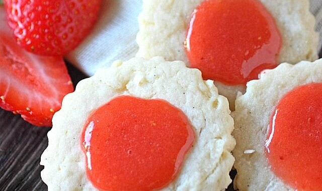 Guava-Berry Coconut Cookies