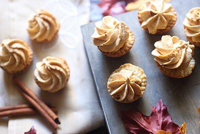 Mini Pumpkin Cheesecake Pies