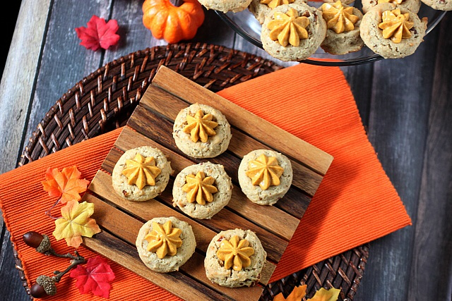 Pumpkin Pie Thumbprint Cookies {mind-over-batter.com}
