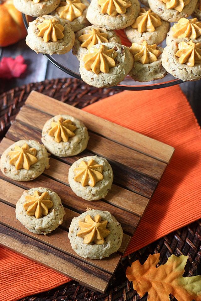 Pumpkin Pie Thumbprint Cookies {mind-over-batter.com}