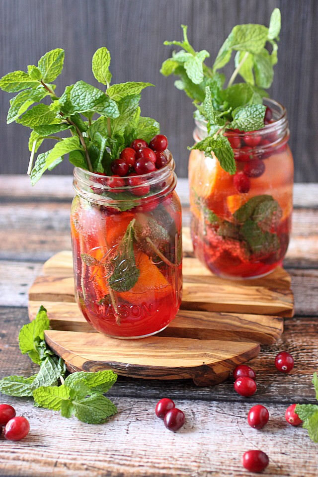 Cranberry Tangerine Mojito {mind-over-batter,com}