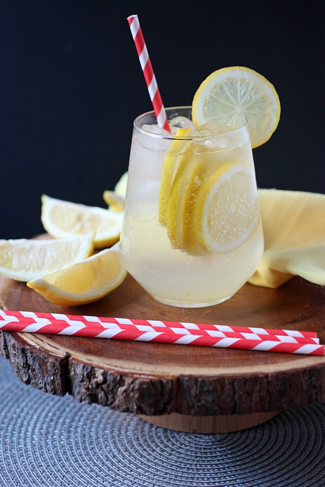 Homemade Lemon Soda {mind-over-batter.com}