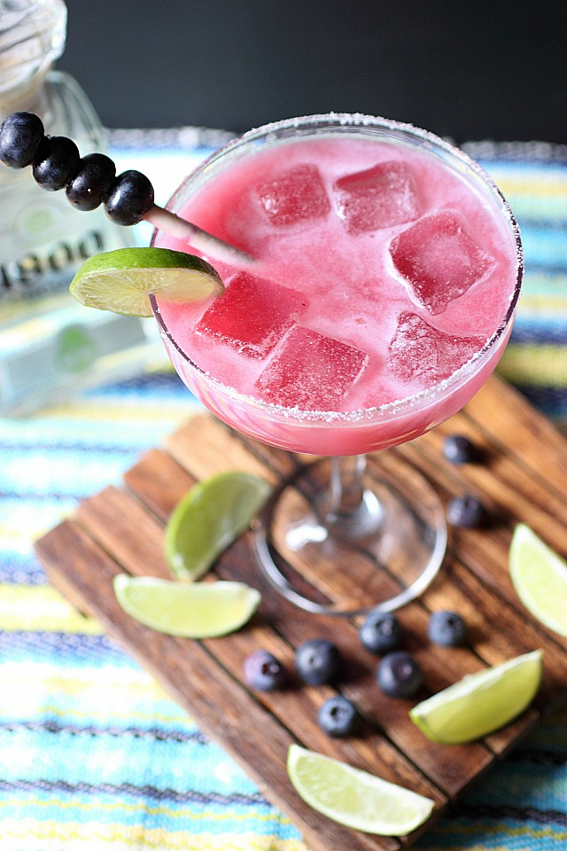 Blueberry Coconut Margarita {mind-over-batter.com}