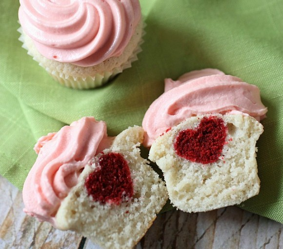 heart-inside-cupcakes8crop