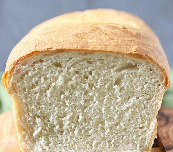 The Best Sandwich Bread Ever! {mind-over-batter.com}