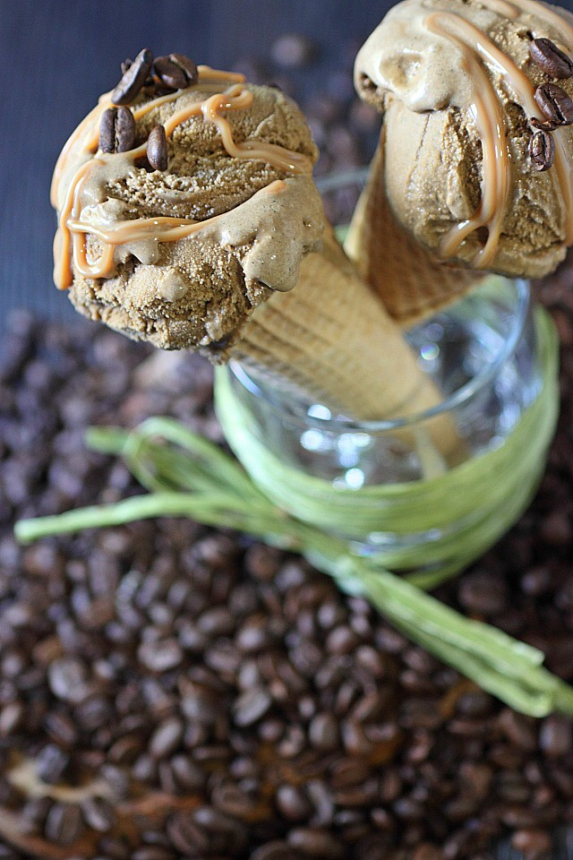 Cold Brew Ice Cream {mind-over-batter.com}