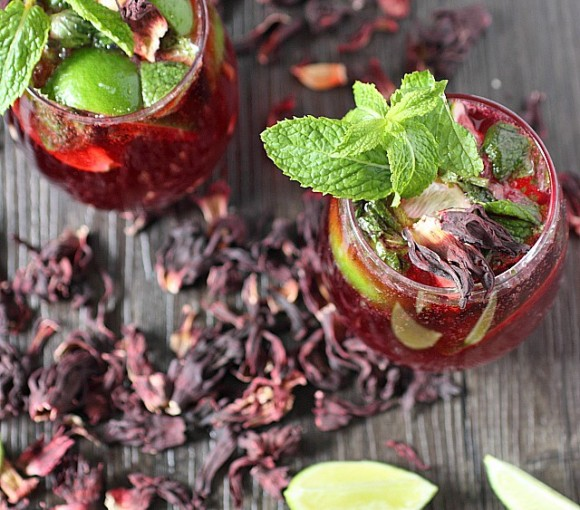 Hibiscus Mojito {mind-over-batter.com}