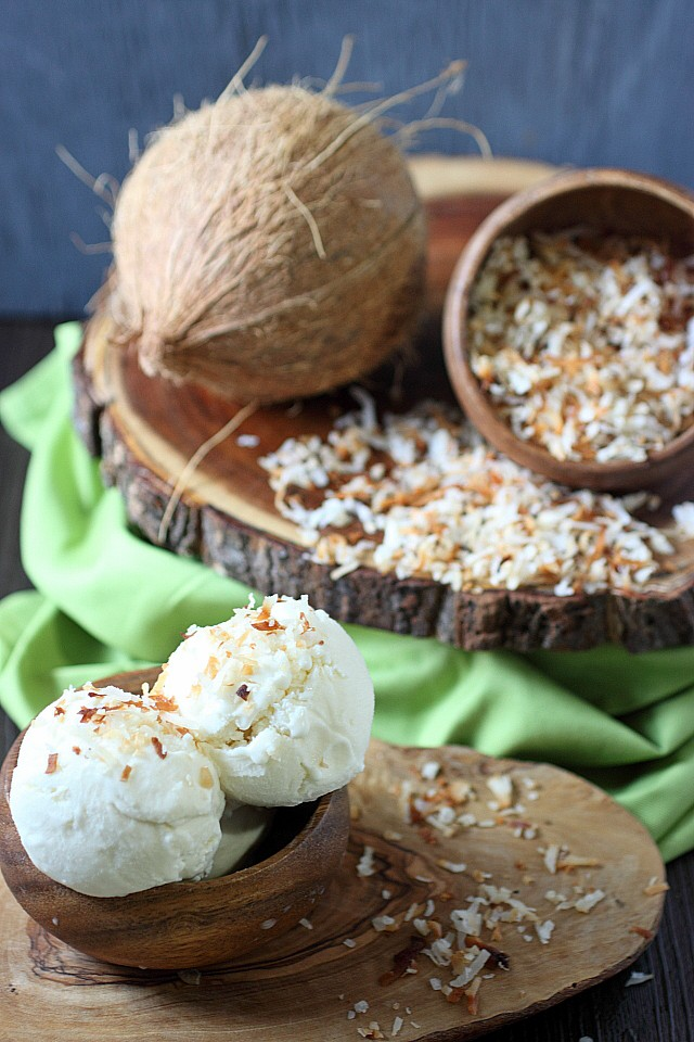 Coconut Ice Cream {mind-over-batter.com}
