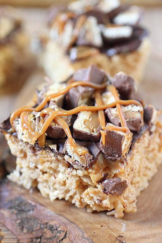 Snickers Rice Krispies Treats {mind-over-batter.com}
