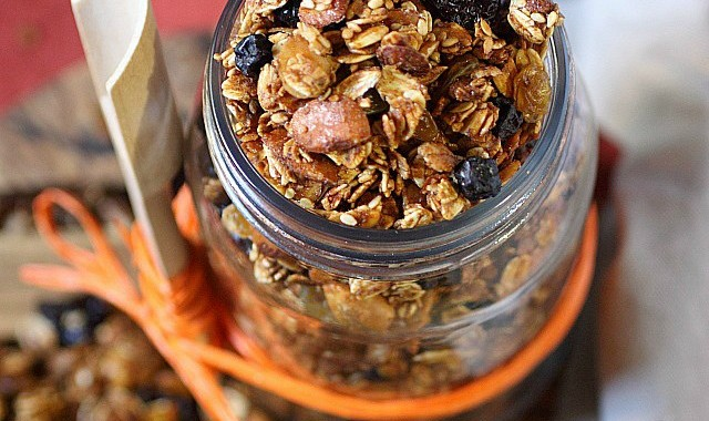 Kitchen Sink Granola