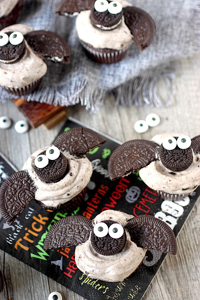 Treats Just Got A Cuter With These Chocolate Cookies N Cream Mini Bat