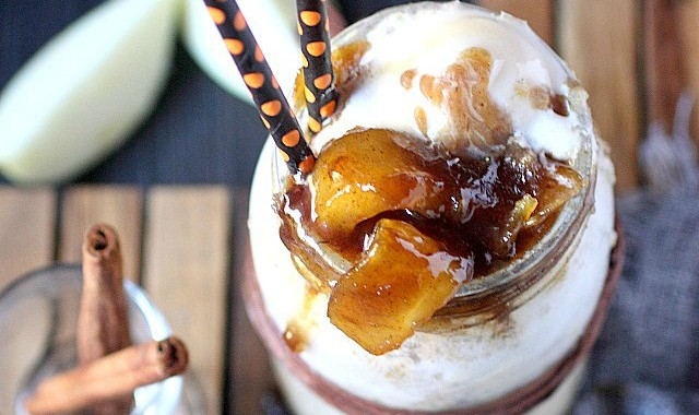 Caramel Apple Pie Ice Cream Float