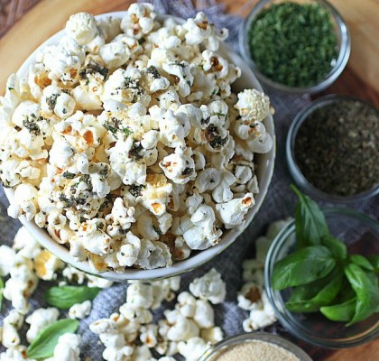 garlic-bread-popcorn5cropped