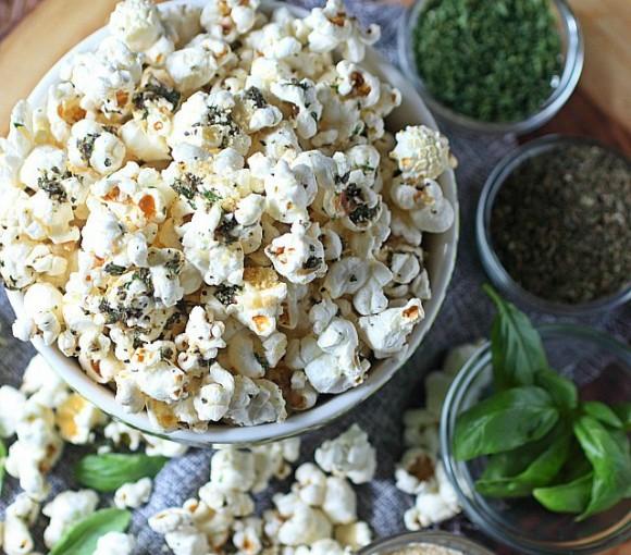 garlic-bread-popcorn5cropped