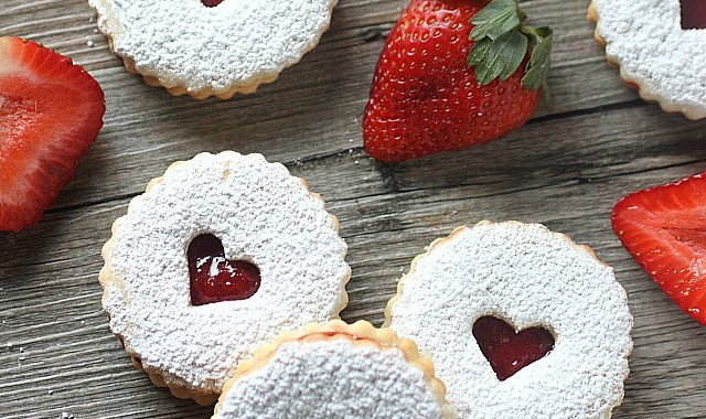 Strawberry Sandwich Cookie Recipe