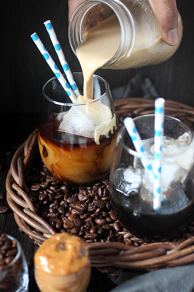 Cold Brew Coffee {with Dulce de Leche} www.mind-over-batter.com